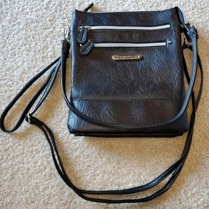 NWOT Stone Mountain leather crossbody
